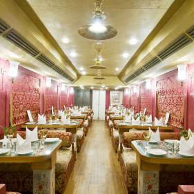 Restro Lounge Swarn Mahal